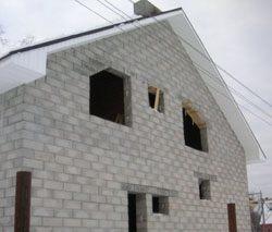 Качественный и недорогой дом из пеноблоков, кирпича, бруса в городе Калтан, можно заказать в нашей компании профессиональных строителей СтройСервисНК